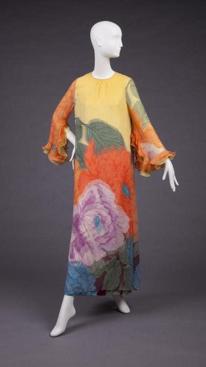 Dress Hanae Mori, 1970s The Goldstein Museum of Design