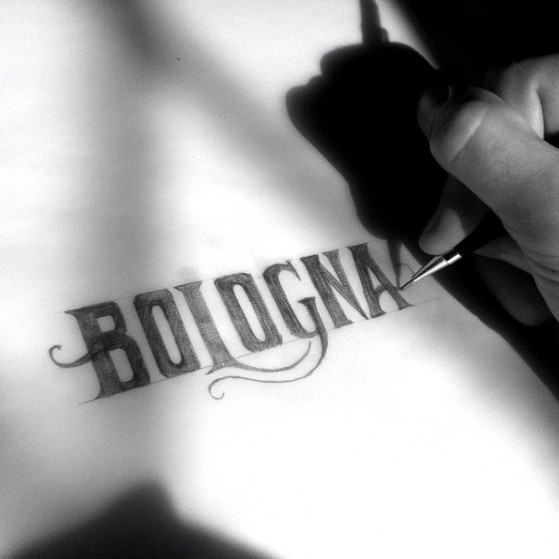 Late morning drawing. #Bologna #Italy  (Taken with Instagram at Vicolo Cattani)