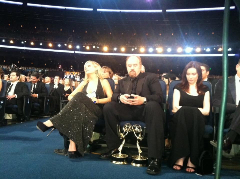 Louis CK just hanging out at the Emmys.
