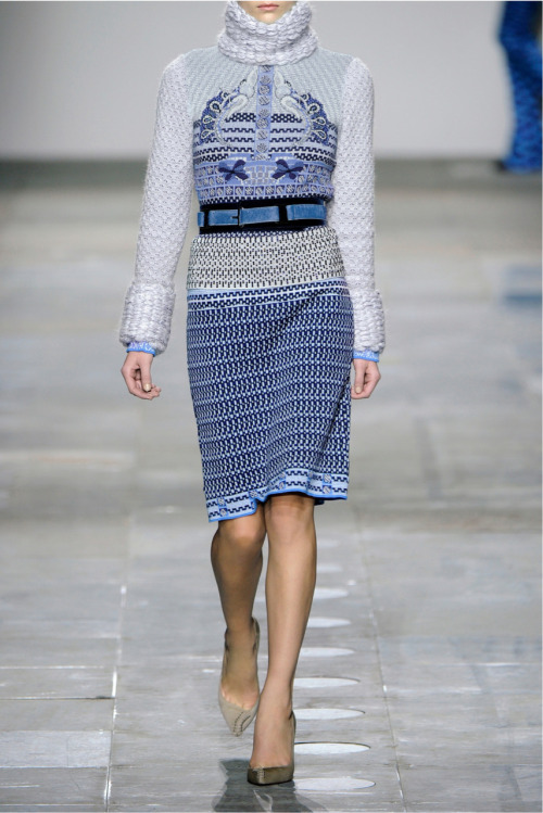 MARY KATRANTZOU Tik Tok metallic knitted sweater