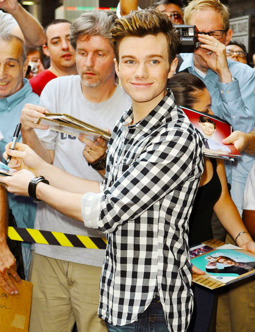 37/50 Pictures of Chris Colfer