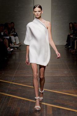 invisibleatlas:  Gianfranco Ferré SS13 | Milan Fashion Week