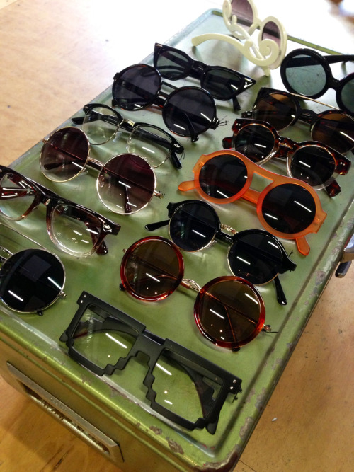 retrospectvintage: New sunnies just arrived!!! WHOA!!!!