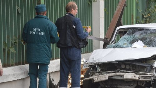Car vs. bus stop - Moscow, Russia - 9/22/2012 - 7 fatalities, 3 injuries. The driver of the Toyota was arrested for drunk driving.