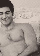 dylan o'brien & tyler hoechlin chest hair appreciation post(dylan gets only one because his chest hair is like a unicorn - extremely rare)