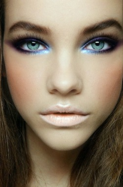 fashion-svesty:  Barbara Palvin's bright blue makeup look