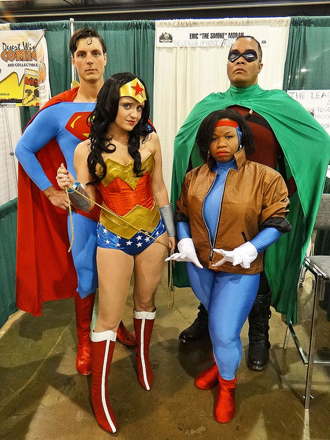 Cosplay Superman, Wonder Woman, Icon, and Rocket