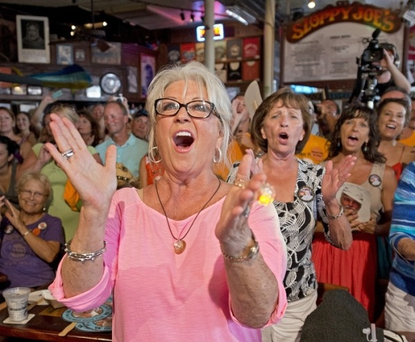 Paula Deen Blooper Reel Leaked: Hilarious and Vulgar 'The Deen of Profanity' [VIDEO] (via Mstarz)