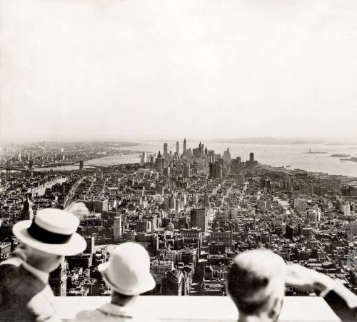 Opening day of the Empire State Building photographed by Samuel H. Gottscho, 1931 (Time Life)