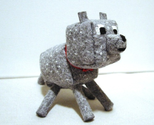 I'm now taking custom orders for Minecraft dogs/wolves :D