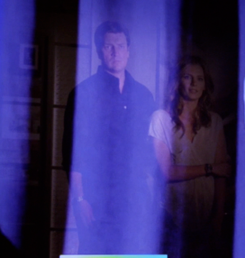 "caskett-caught-in-the-act:  caskett12:  shesarmed:  Height difference.     I never knew how much Shorter Stana was compared to Nathan  Stana's 5'9"", Nathan's 6'1.5"". Four and a half inches."