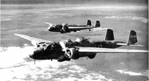 A pair of Mitsubishi G3M Nell bombers of the IJN