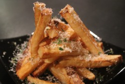 hugeinjapan:  Dinner Tonight — Double-Fried French Fries, Parmesan, Sea Salt, Thyme All this talk of french fries got me back in the kitchen for the first time in FOREVER.