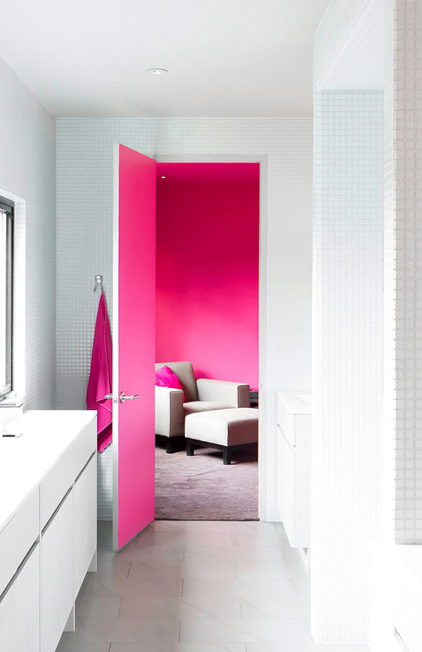 sweepmeup:  Pop of pink!