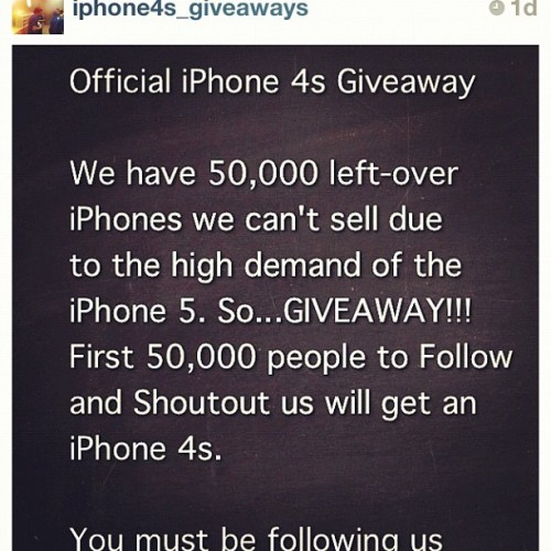 Me want!!! Black :) hehe #iphone #4s #giveaways #iphone4s #awesome @iphone4s_giveaways  (Taken with Instagram)