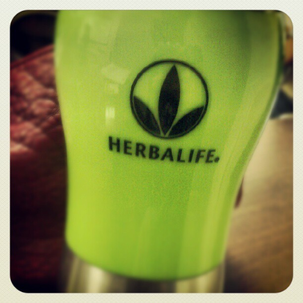 Starting my day right! #NRG #herbalife #healthy #tea #greentea #energy #wakeup  (Taken with Instagram)