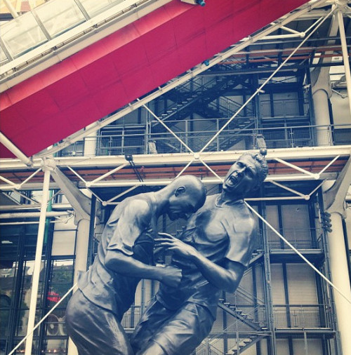 Sculpture:  Zinedine Zidane headbutting Marco Materazzi at the Pompidou Centre (via Matt Barker)