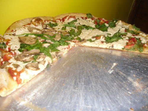"Mellow Mushroom joint with spinach, mushrooms and Daiya ""cheese"" #veganfriendly"