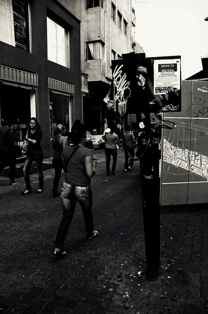 feminos caminos on Flickr.transitamos Caracas @FiverWeed twitter flickr tumblr blogger facebook
