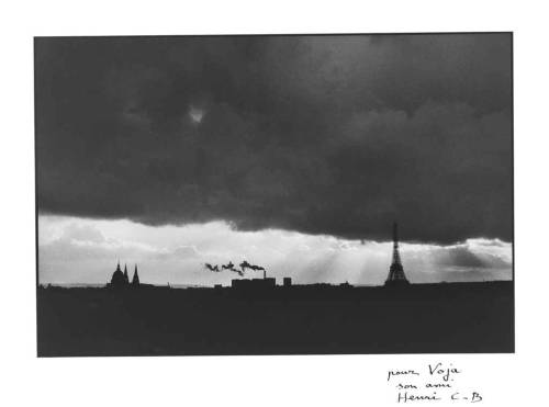 Paris et la Tour Eiffel, 1985 by Henri Cartier-Bresson
