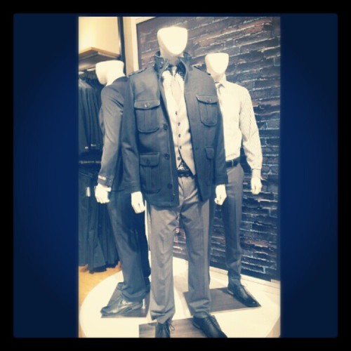 Express fashion. #express #fashion #style #neat #coat #fancy #gentlemen #peacoat #dresspant #shoe #higaphoto  (Taken with Instagram)