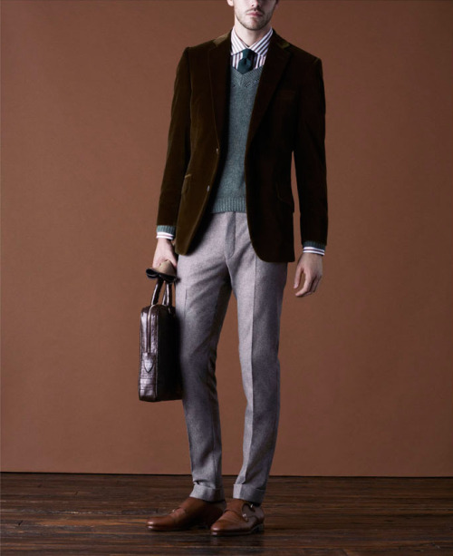 mrporter:  Velvet blazers are one of our ESSENTIALS for this season. They work brilliantly worn at night in place of a tuxedo jacket, but also look great worn at day in place of a regular blazer. Shop them at http://bit.ly/SlZqth