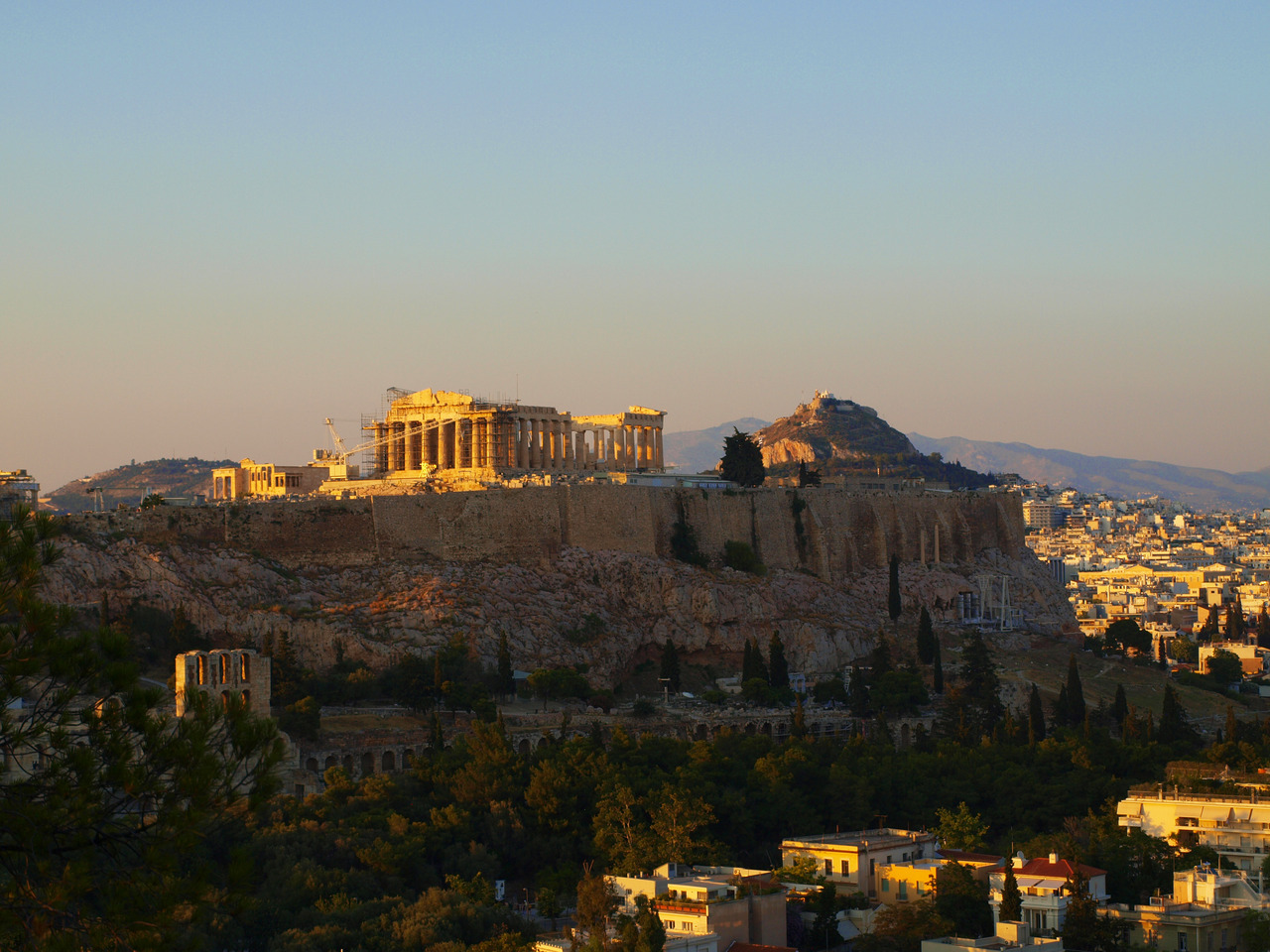 rebeccaathome:  Acropolis  I was looking through pictures today and I found a hidden nice one! I love that feeling!