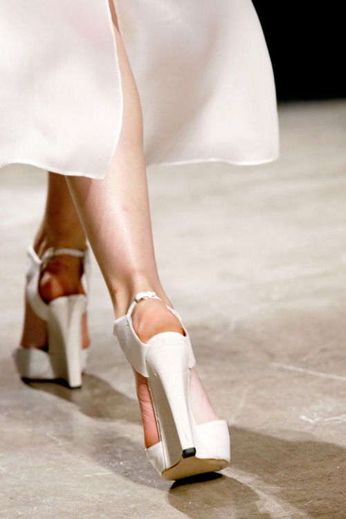 Detail at Narciso Rodriguez Spring 2013 RTW