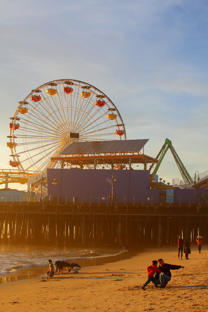p1kachu:  Santa Monica Pier golden hour