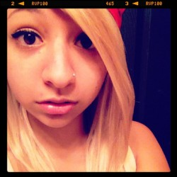 My new hairs :3 #blonde #hair #extensions #highlights #bandana #molly  #blondie (Taken with Instagram)