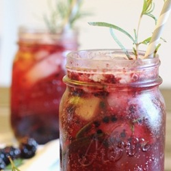 (Berry Rosemary Gin Cocktail)