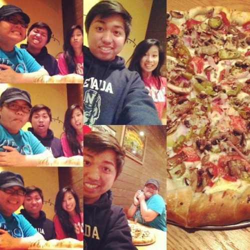 #pizza #asians #friends  (Taken with Instagram)