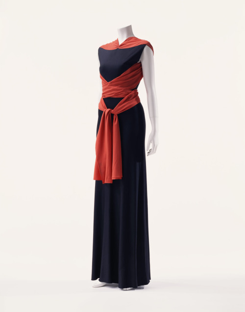 Dress Madeleine Vionnet, 1933 The Kyoto Costume Institute