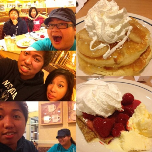 #professionalfatass #pancakes #crepes #friends #asians man from blind onion to #ihop #fatasses #foodcoma #foodporn #instagood  (Taken with Instagram)
