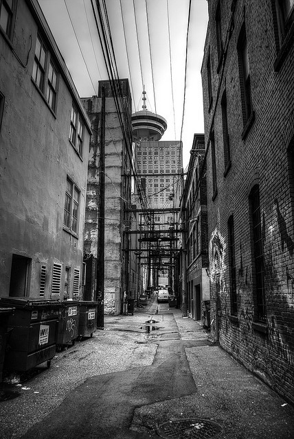 woshianthony:  Vancouver Alleyway by Brandon Godfrey on Flickr.