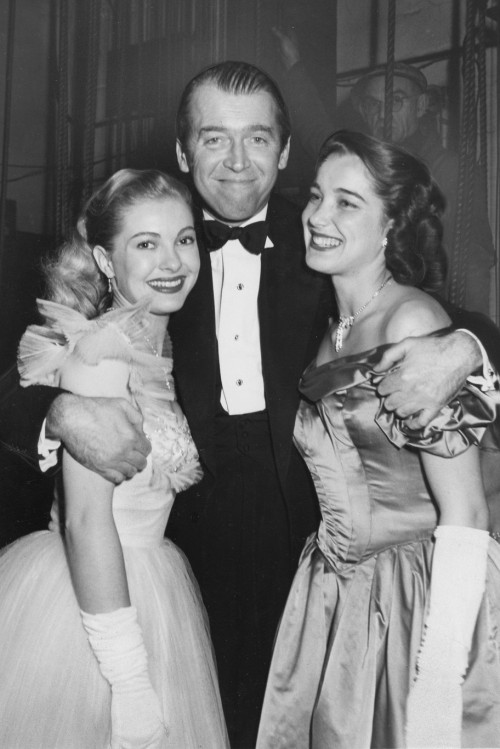 lars134:  Jimmy Stewart with Lori Nelson & Julie Adams, 1952