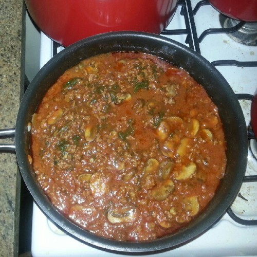 That #Awesome moment when you realize you can make a better #Bolognese #sauce then most restaurants ;) #Italian #food #FoodPorn #Delicious #Homemade #InstaFood #InstaMeal #Insta #InstaTweet #Instamood #InstagramOfTheDay #InstagramHub #Instahub #Instagram #Yummy #NomNomNom  (Taken with Instagram)