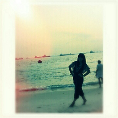 Love the beach! #singapore #sunset #instagram  (Taken with Instagram)