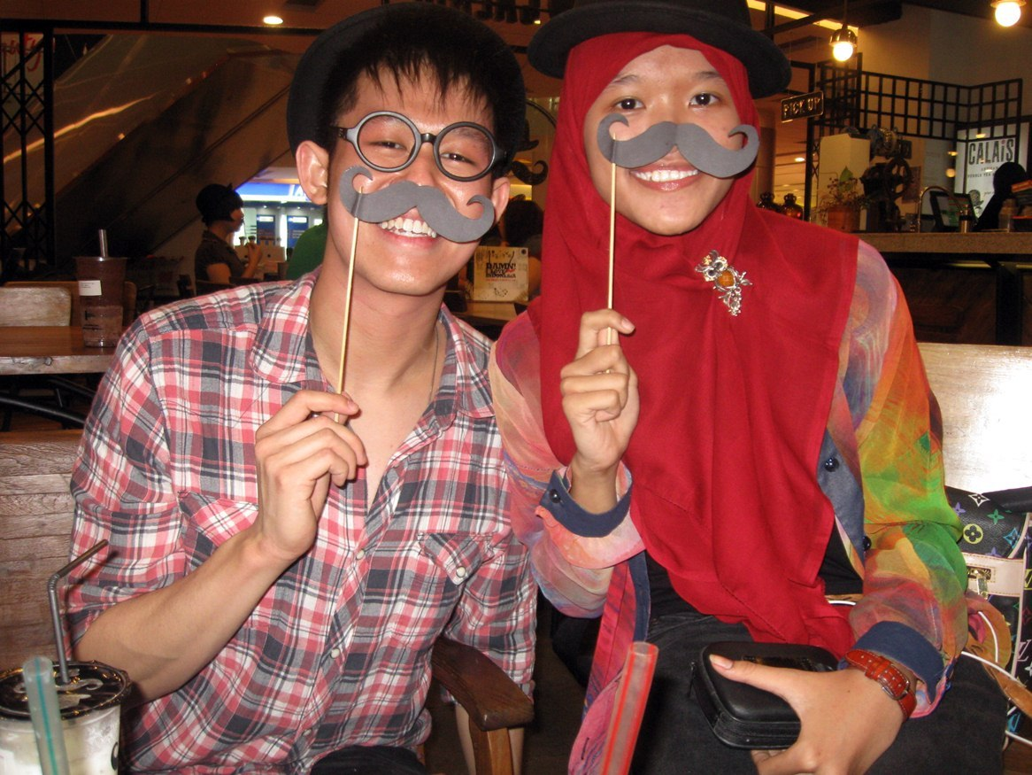 @wilzkanadi and me with moustache <33
