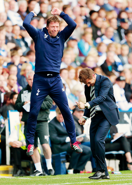 AVB og Freund's reaction when Defoe makes his first pass… And a couple of remixes: