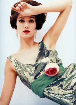 Dose of vintage: Simone d'Aillencourt in sequined dress by Frederick Starke, photographed by Claude Virgin for Vogue September 1958.