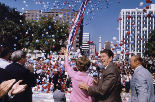 Ronald Reagan campaigning with Nancy Reagan in Columbia, South Carolina. 10/10/80.