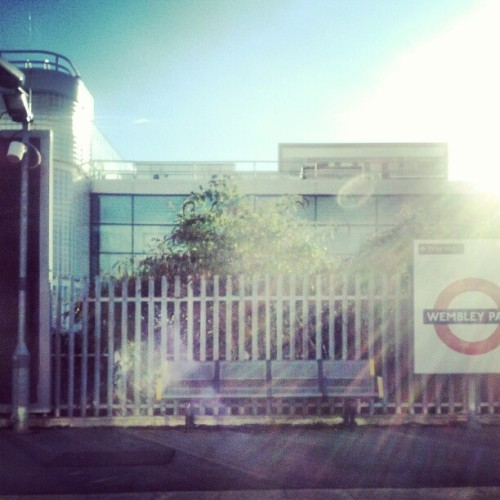 Leaving #wembley #station in the #metline #sun #sunny #instamood #instalondon #instadaily #travel  (Taken with Instagram)