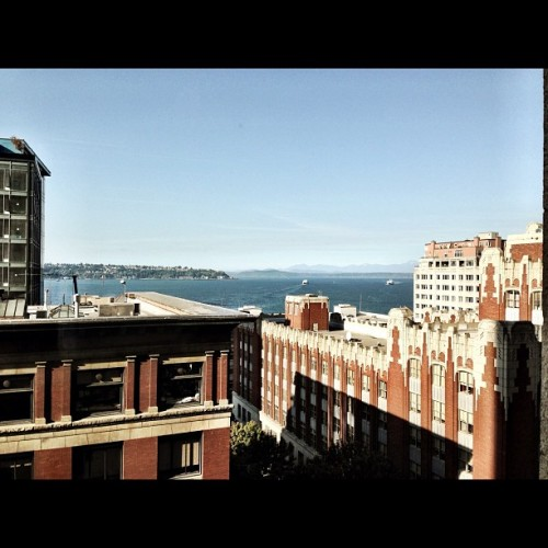 From Attendible HQ aka (surf incubator) #attendible #seattle #igers_seattle #igers_seattle_fav #surfincubator #sea #sky #buildings #architecture  (Taken with Instagram at attendible )