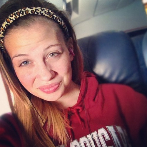 HeyGuys😊 #blonde #girl #cheetah #headband #WSU #cougars #hoodie #green #eyes #smile #hashtag #crazy #ohwell 😁 (Taken with Instagram)