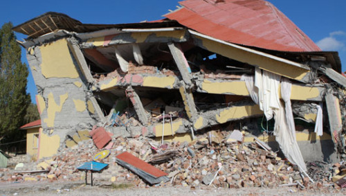 Failure to predict earthquakes could land 4 scientists in prisonSeismologists worldwide agree that earthquake swarms are notoriously difficult to predict.