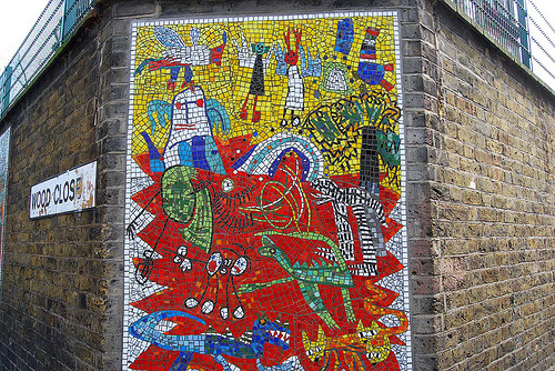 trailerparkofmydreams:  Beautiful Mosaic at Wood Close, London