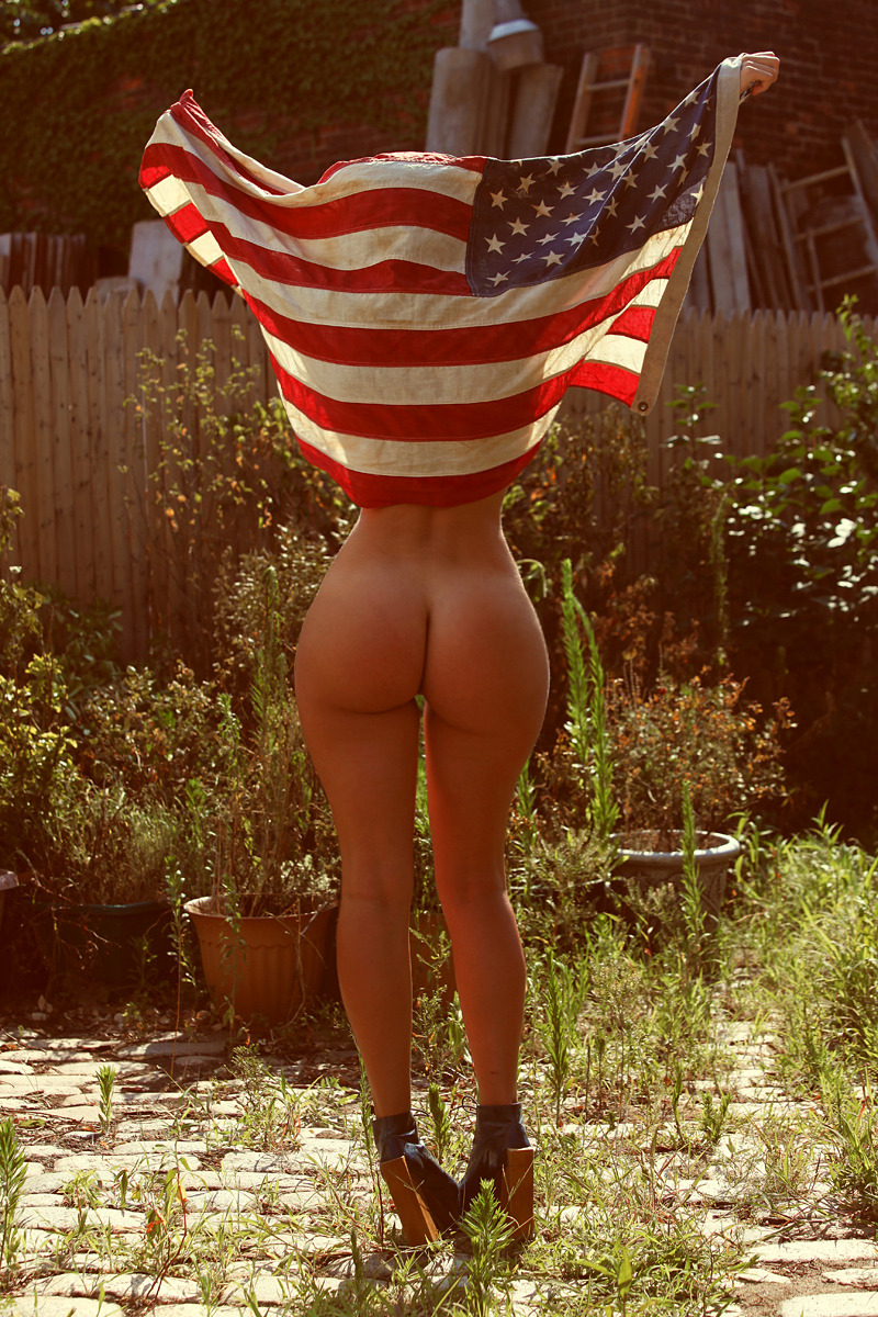 povelussy:  bootysinn:  'Merican cornfed ass  That's breakfast