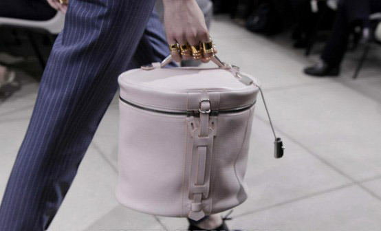 Chinchin indeed. Brilliant cylinder Balenciaga handbag from S/S 2013 #PFW Collection.