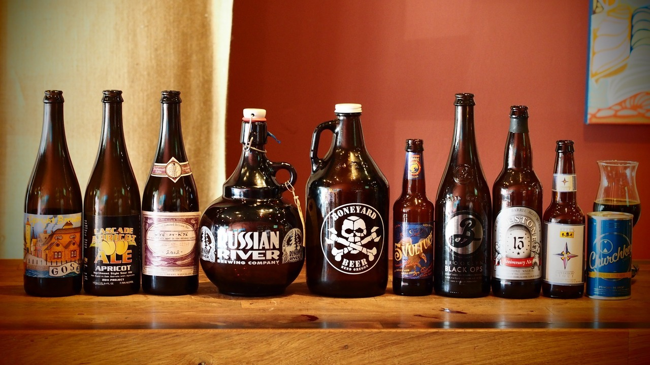 Bottle share featuring imperial stouts, sours and growlers of quality IPAs.
